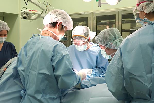 腹膜透析挿入カテーテル挿入2